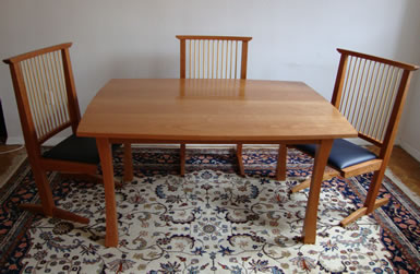 Dining room table - cherry