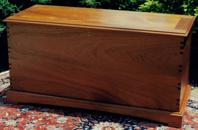 Chest - mahogany 42L x 21H x 17D